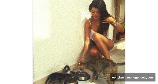 Güzel Model Pınar Yılmaz'dan Alkışlanacak Bir Davranış