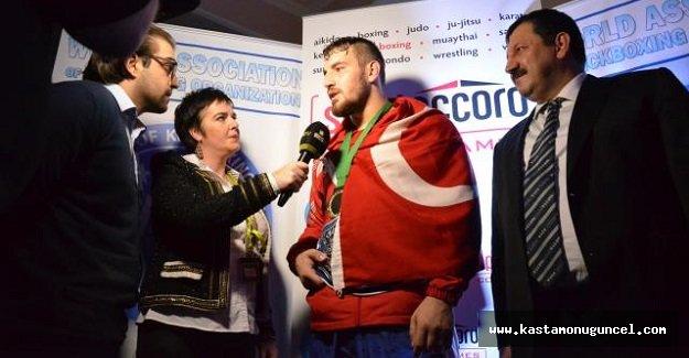 Yusuf Açık Dünya Ağır Siklet Kick Boks Şampiyonu