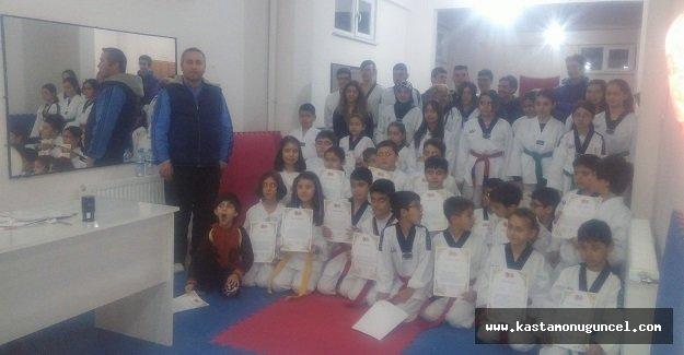 Taekwondo Akademi Ocak Ayı Sınavını Yaptı