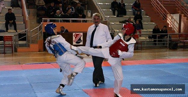 Okullararası Taekwondo Seçmeleri Yapıldı