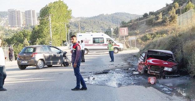 Kastamonu'da iki otomobil çarpıştı: 7 yaralı