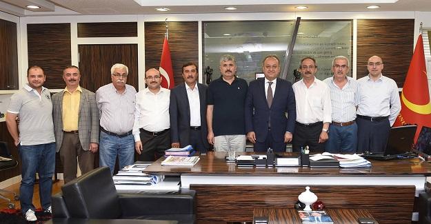 MHP'li üyeler, Babaş'ı ziyaret etti