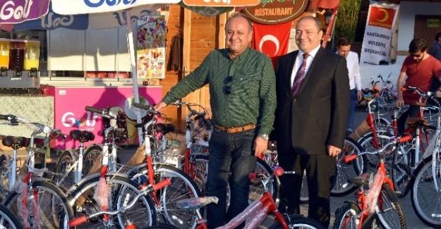 Kastamonu'da bisiklet dağıtım töreni düzenlendi
