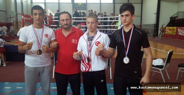 Kırkbeşoğlu ile Milli Takımımız 3 madalya kazandı