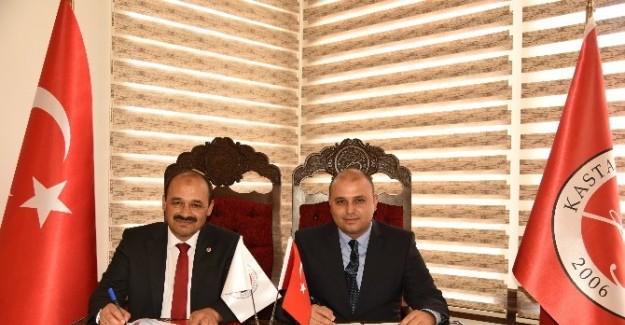 KÜ ile parlamenter danışmanları derneği arasında protokol imzalandı