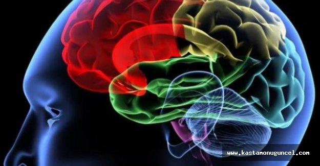 """Alzheimer hakkında """"doğru"""" sanılan """"yanlış"""" bilgiler"""