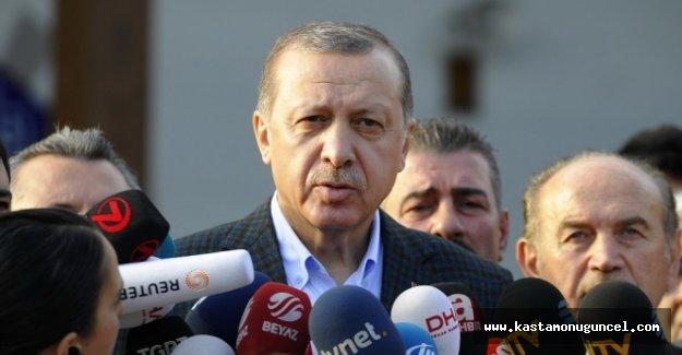 """Cumhurbaşkanı Erdoğan: """"Türkiye'ye yönelik tehditlerin en çok istismar ettiği alan..."""""""