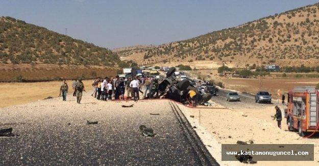 Mardin'de askeri aracın geçişinde patlama: 3 şehit, 3 yaralı