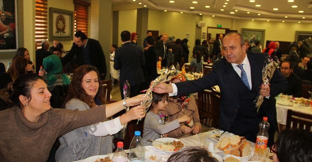 Başkan Arslan, öğretmenlerle yemekte buluştu
