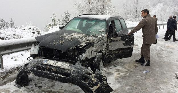 Kastamonu'da kar yağışı kazaya neden oldu