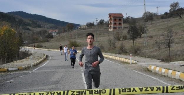 Pınarbaşı'da kros yarışması
