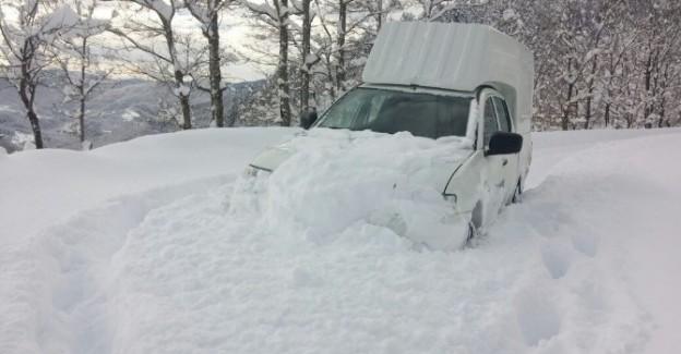 Başkent EDAŞ, yoğun kış şartlarında mücadeleye devam ediyor