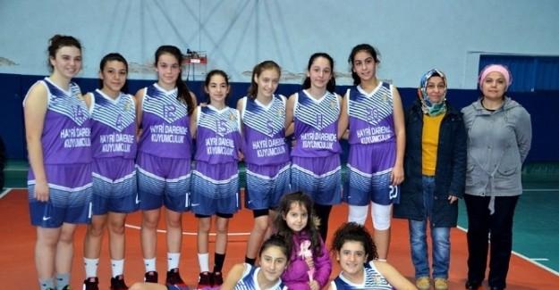 Basketbol U-16 maçları Tosya'da devam ediyor