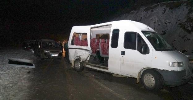 Kastamonu'da zincirleme kaza: 12 Yaralı
