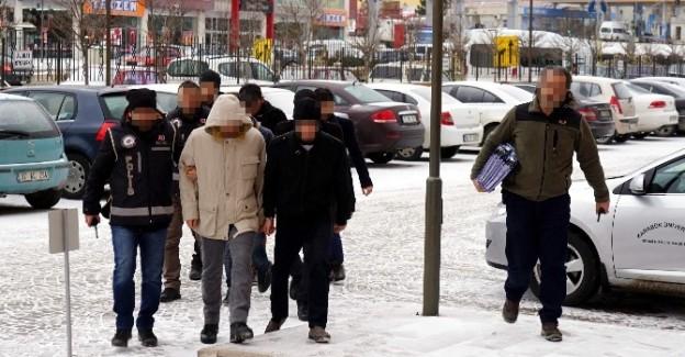 FETÖ'nün gençlik yapılanmasında 8 tutuklama