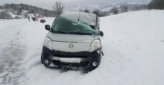 Kastamonu - Karabük karayolunda ulaşıma kar engeli