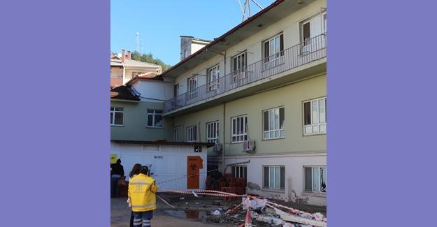 Kastamonu'da hastanenin çatısından düşen işçi öldü