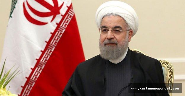 Ruhani'den Esad'a tebrik telefonu