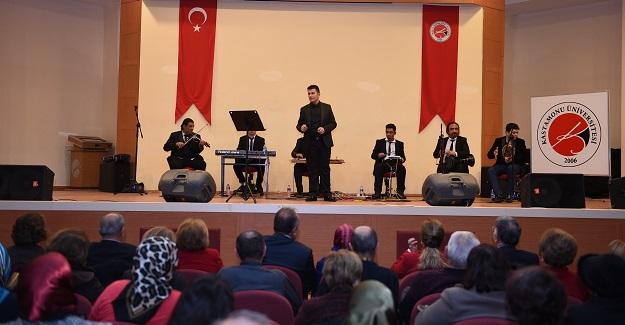 TRT sanatçısı Uğuriş, dinleyenleri mest etti