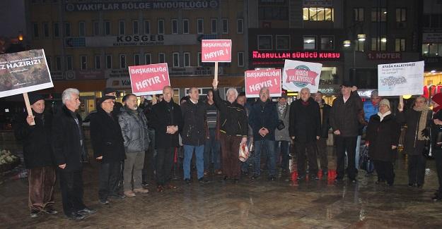 CHP'lilerden başkanlığa karşı 'ayağa kalkıyoruz' eylemi