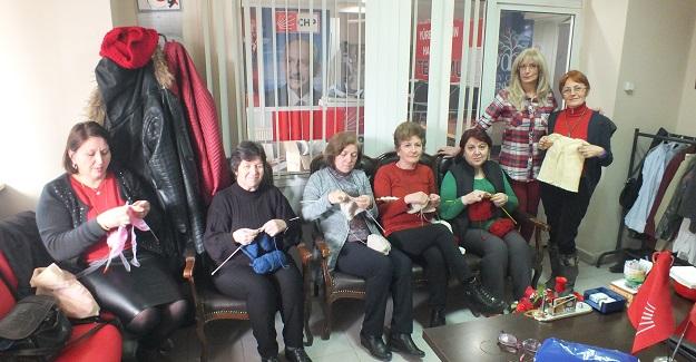CHP'li kadınlardan örnek davranış