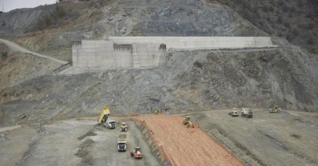 """Bakan Eroğlu: """"Obrucak Barajı tamamlanıyor"""""""