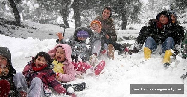 Kastamonu'da okullar tatil edildi