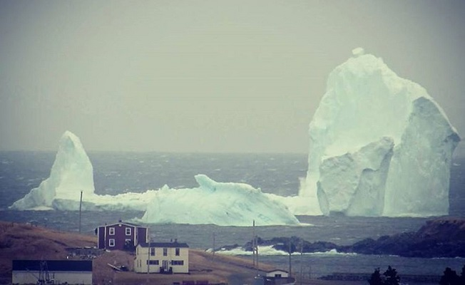 Dev buz dağı herkesi şaşırttı