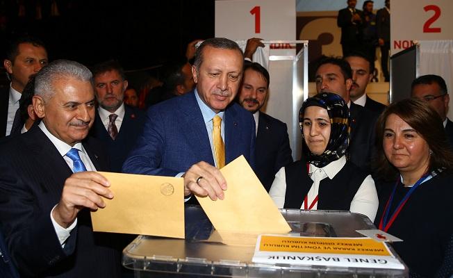 Erdoğan yeniden Ak Parti lideri!