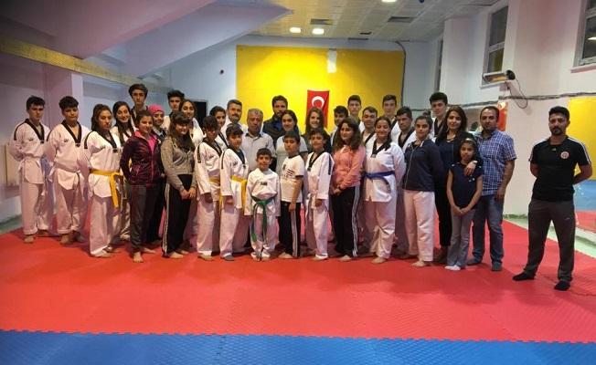 Erişen Taekwondo'da kuşak sınav heyecanı!