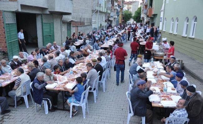 Taşköprü'de mahalle iftarları Gizlice Mahallesi ile başlayacak