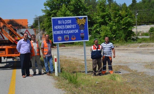 Jandarma Trafik Timinden hayat kurtaran emniyet kemeri uyarısı