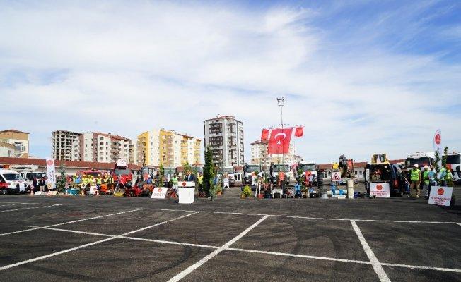 Kastamonu Belediyesi, aldığı araçların tanıtımını yaptı