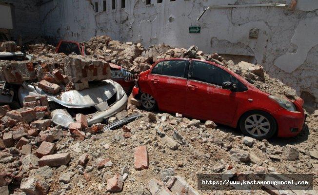 Meksika'da 7.1 büyüklüğünde deprem!