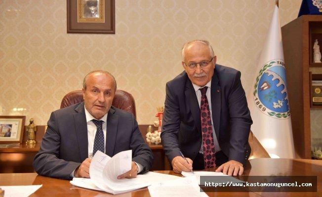 Taşköprü Belediyesi'nde imzalar atıldı
