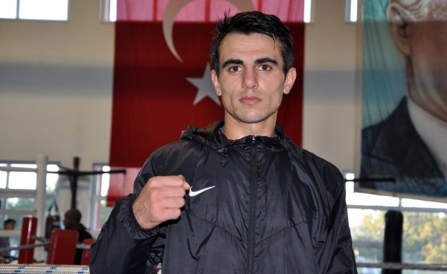 Türkiye'nin ilk olimpiyat şampiyonu boksörü olmak istiyor