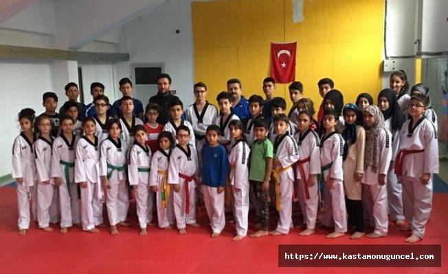 KASEM Taekwondo'da kuşak sınav heyecanı!