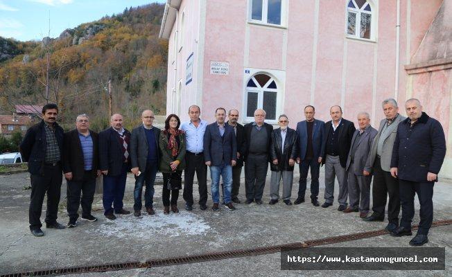 AK Parti İnebolu İlçe Teşkilatı köyleri gezdi