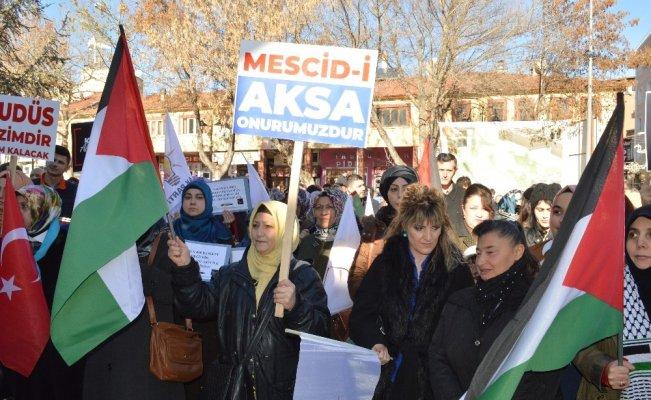 AK Parti ve İHH'dan ABD'ye Kudüs protestosu