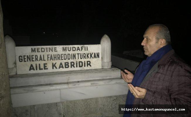 Arslan, Fahrettin Paşa'nın kabrini ziyaret etti