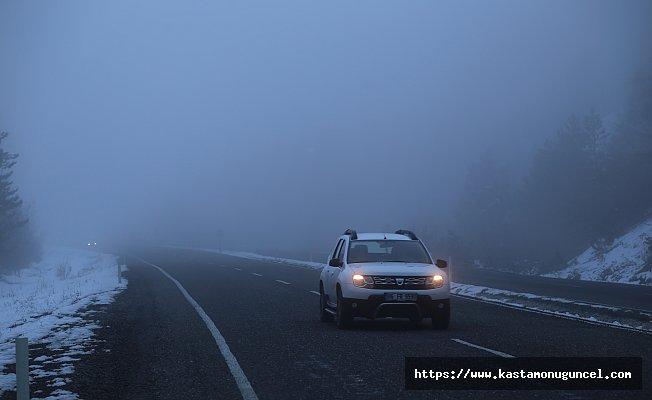 Ilgaz Dağı'nda sis ulaşımı olumsuz etkiliyor