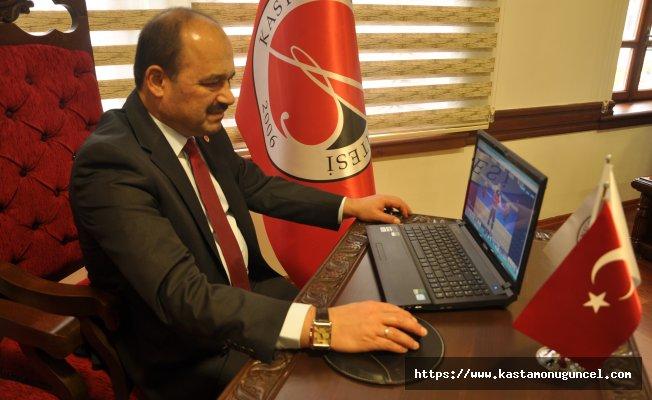 """Rektör Aydın, AA'nın """"Yılın Fotoğrafları"""" oylamasına katıldı"""