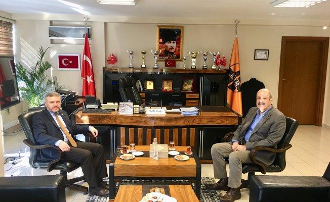Milletvekili Çelik'ten Karayolları Bölge Müdürü Özendi'yi ziyaret