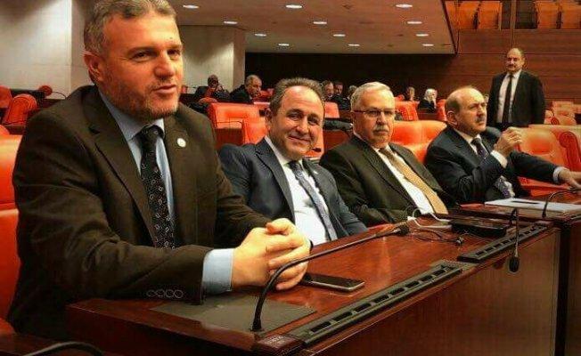Milletvekillerimiz Cumhurbaşkanı Erdoğan'la bir araya geldi