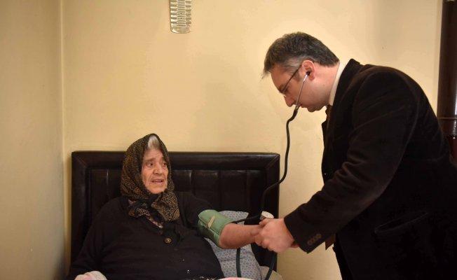 """Taşköprü Belediyesi'nin """"Evde Sağlık Hizmeti"""" uygulaması büyük beğeni alıyor"""