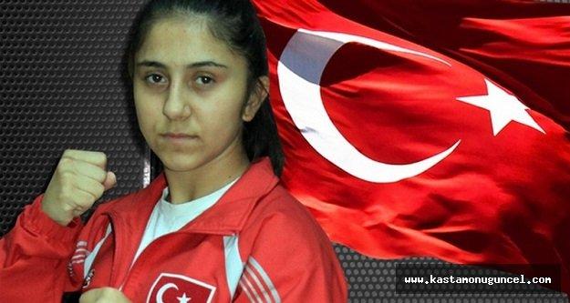 Asuman Çığlıoğlu Türkiye Şampiyonu